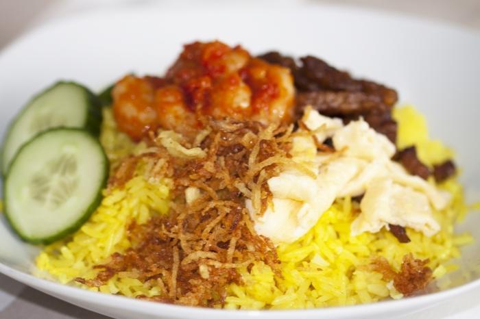 cara membuat nasi kuning